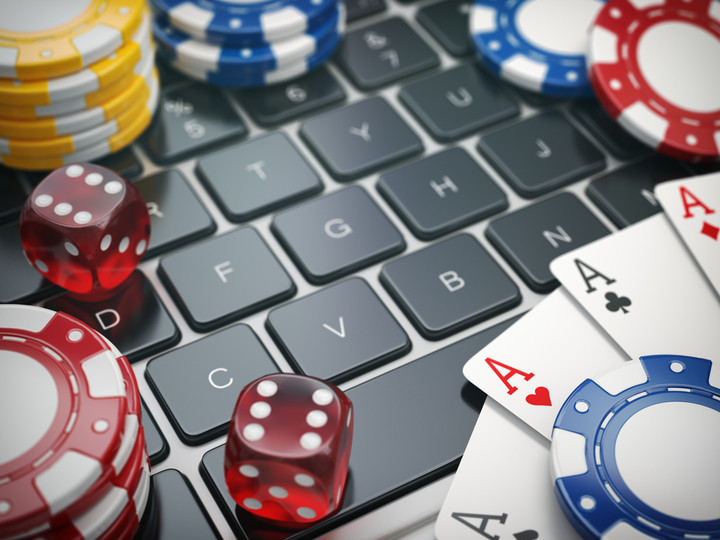 Find out About the Different Types of Poker Tables Available
